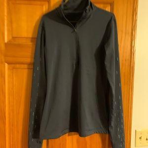 Nike 1/2 zip pullover